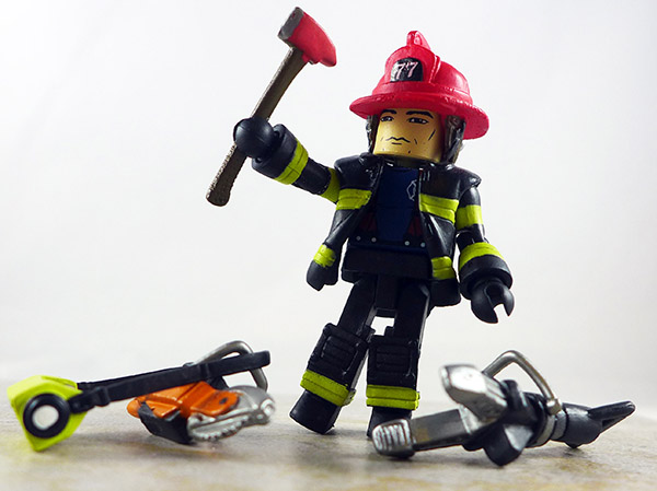 Fire Fighter Chief 3 Partial Loose Minimate (Elite Heroes 4 Pack)