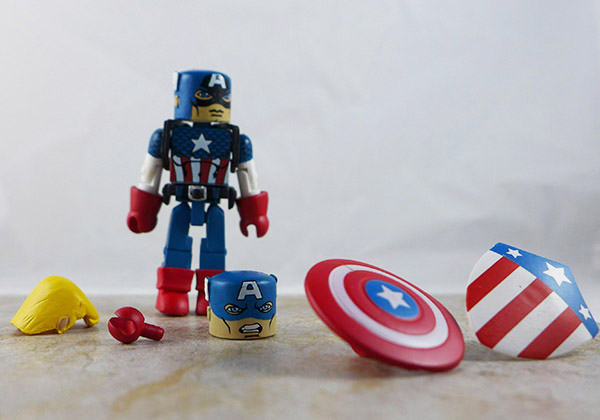 Captain America Loose Minimate (Marvel Invaders Box Set)