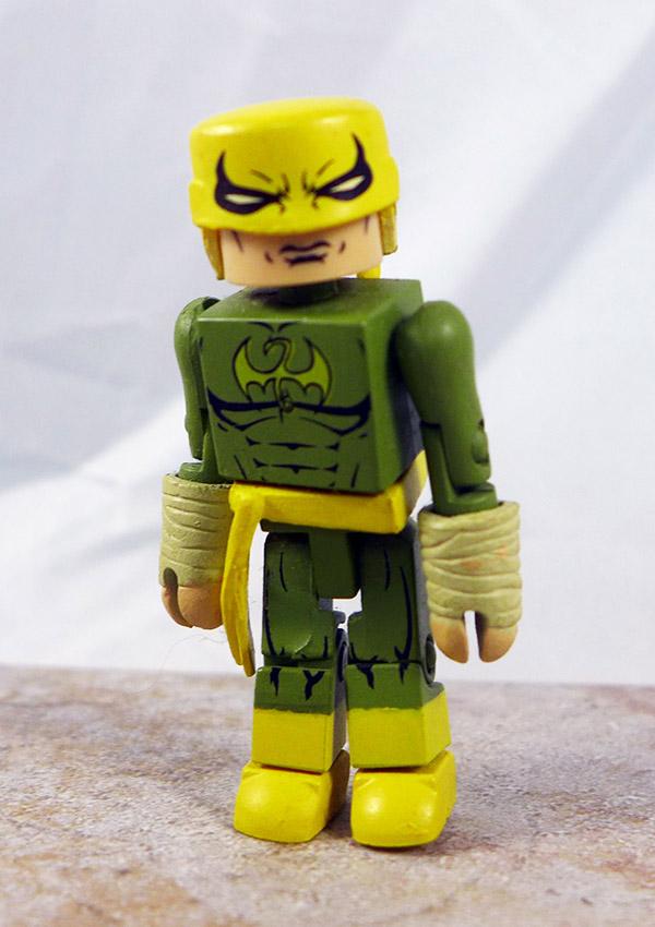 Shadowland Iron Fist Loose Minimate (Marvel Wave 38)