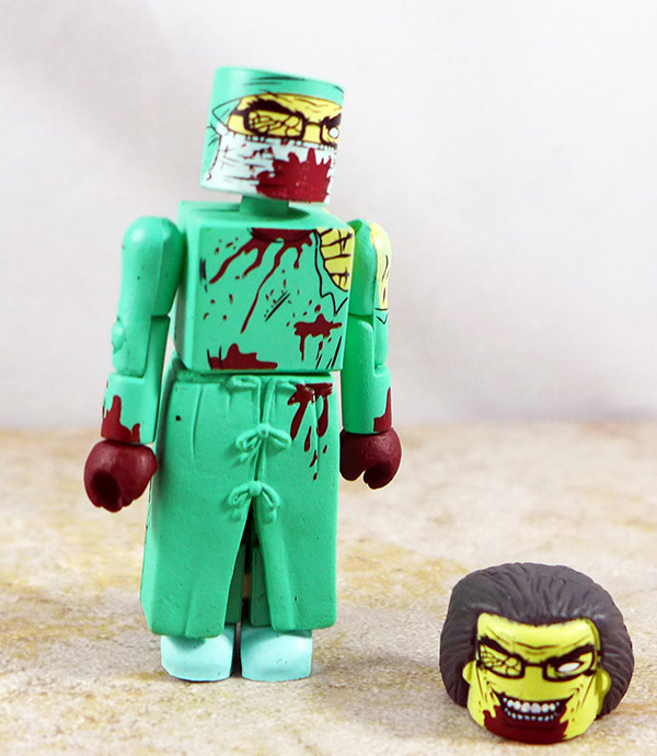 Zombie Surgeon Loose Minimate (Maximum Zombies 2011 NYCC Two Pack)