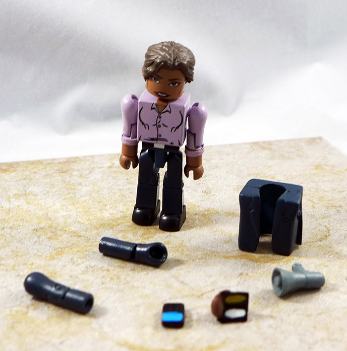 Agent Elizabeth Cohen Loose Minimate (Thief of Thieves Box Set)