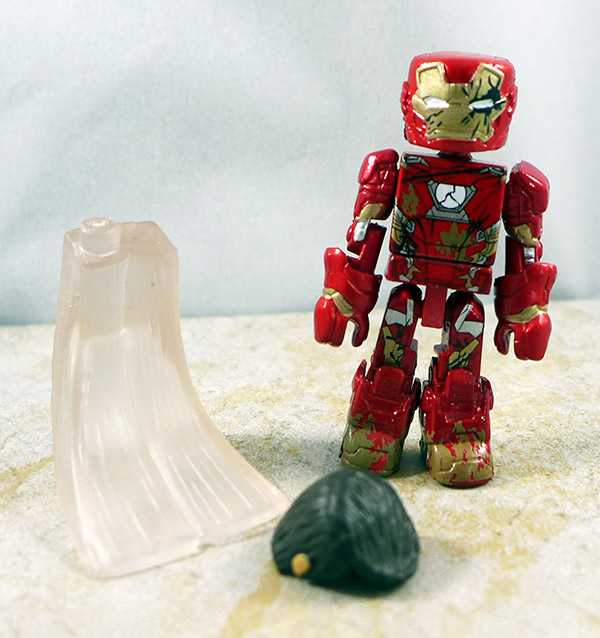 War-Torn Iron Man Loose Minimate (Wave 67)