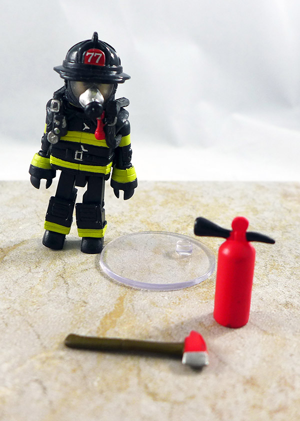 Fire Fighter 1 Loose Minimate (Elite Heroes Fire Fighters Two Pack)