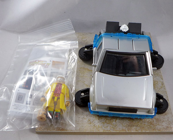 Hover Time Machine (With Future Doc Brown) (Back to the Future Vehicle Set)