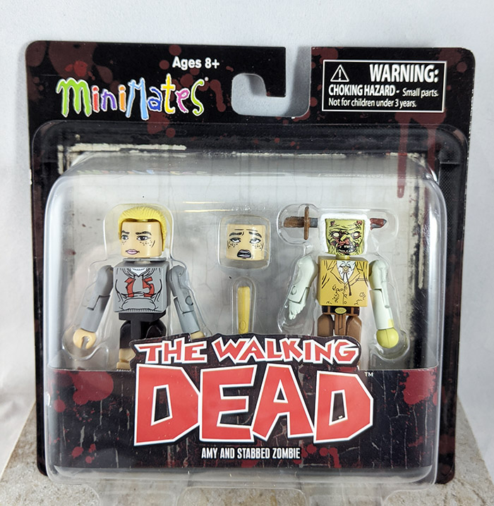 Amy and Stabbed Zombie Minimates (Walking Dead Wave 2)