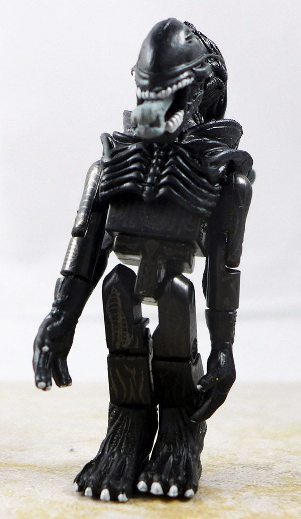 Attacking Alien Partial Loose Minimate (Alien TRU Series 1)