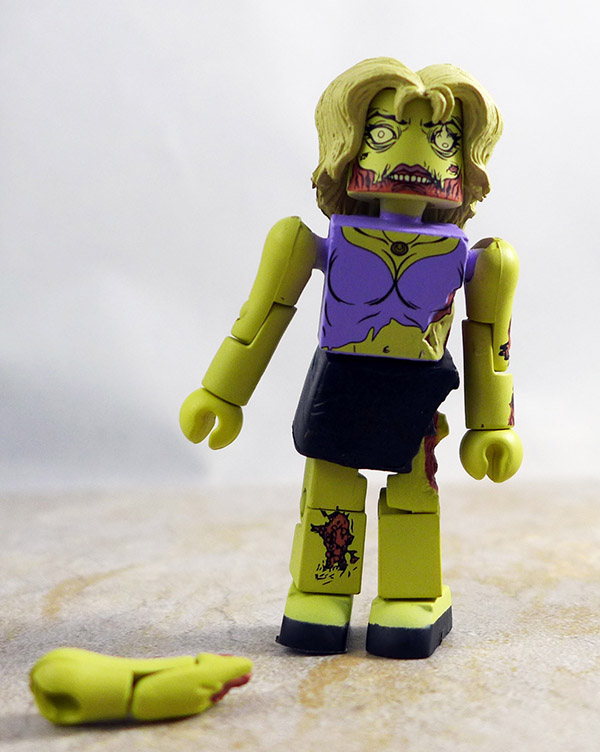 Female Zombie Loose Minimate (Walking Dead Wave 1)