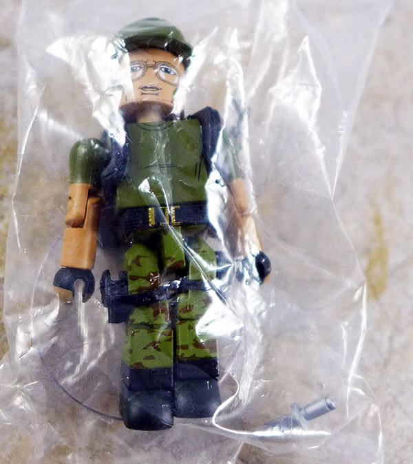 Hawkins Loose Minimate (Predator Blind Bags Series 2)
